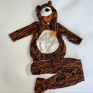 New with tags 07 Gymboree Tiger Costume 12-18